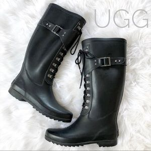 (SOLD) UGG Madelynn Lace Up Rain Boots Black